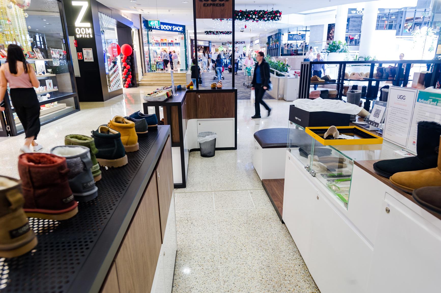 d03e7cbd286 UGG EXPRESS kiosk design and manufacture - Centre Square